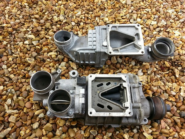 MERCEDES C180k SUPERCHARGER kompressor W203 A271 090 20 80