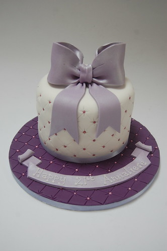 Quilted Bow Cake Beautiful Birthday Cakes