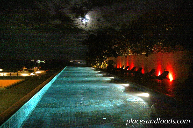 sri panwa night pool view