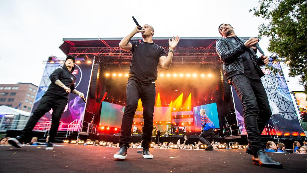Erik & Kriss feat. Katastrofe og Moi - VG-lista Topp 20 - Rådhusplassen 2016