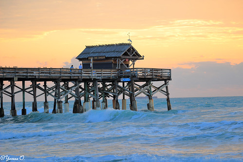 ocean sky orange beach water clouds strand contrast sunrise landscape pier meer wasser waves florida himmel sonnenaufgang wellen cocoabeach cocoabeachpier