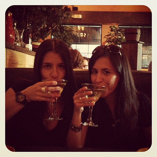 Bunch of #drunkys drinking #applemartinis #sisters #twins #workhardplayhard #ciros