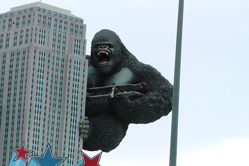 S1290002_King_Kong_in_Pigeon_Forge
