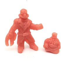 The awesome Wastelander keshi figures from @super_sandbagger...