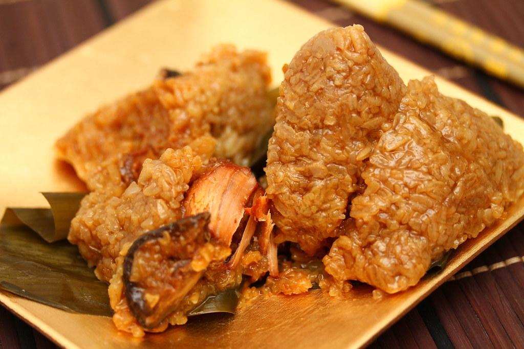 InterContinental Singapore's Babi Pongteh Dumpling (娘惹猪肉粽)