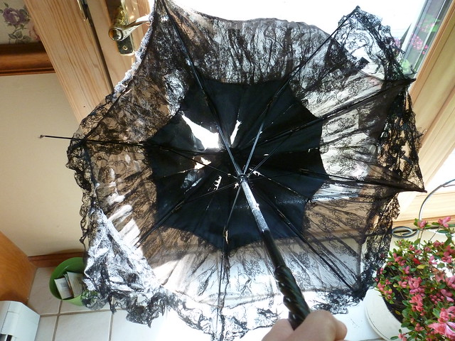 black lace antique parasol 9