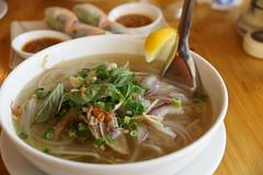 wonton(0.0), noodle(1.0), bãºn bã² huế(1.0), noodle soup(1.0), soto ayam(1.0), kuy teav(1.0), kalguksu(1.0), pho(1.0), food(1.0), dish(1.0), southeast asian food(1.0), soup(1.0), cuisine(1.0),