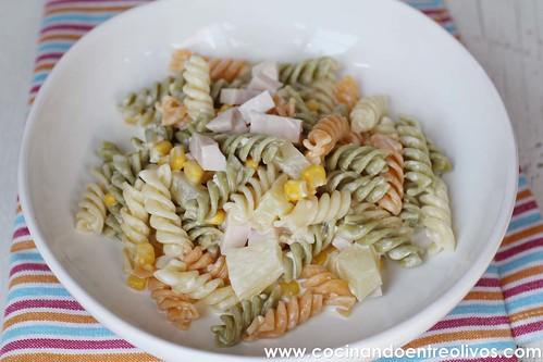 Ensalada de pasta con piña www.cocinandoentreolivos (2)