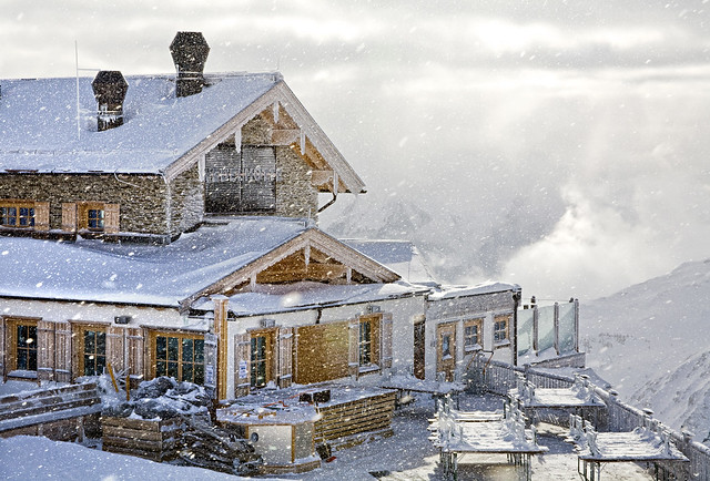 Austria, Tyrol, Zillertal, Wedelhütte