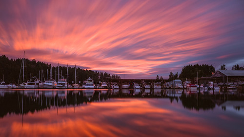 sunrise longexposure reflection colorful boats clouds sky water gigharbor pacificnorthwest canoneos5dmarkiii johnwestrock motion canonef2470mmf28lusm washington