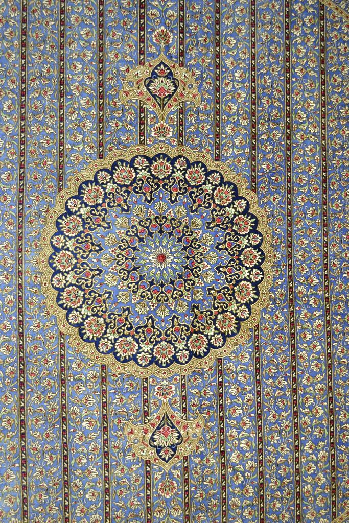 Extremely rare Qum Round Persian Rug 200x200 cm 7x7 Pure Silk (3)