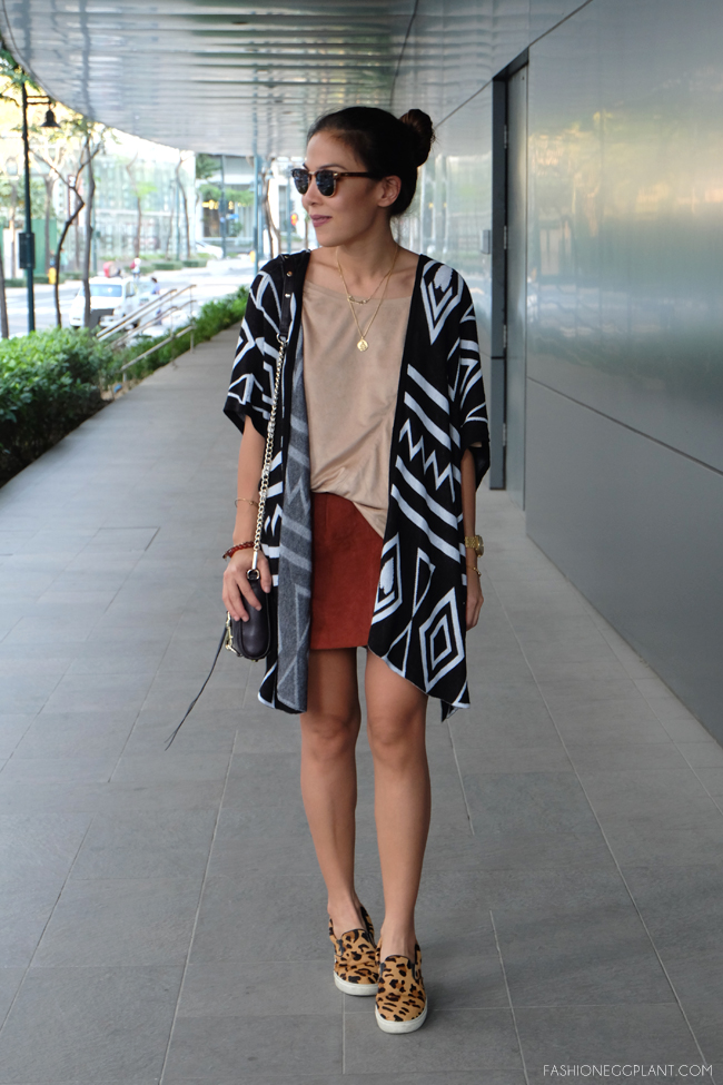 SUEDE BLOUSE STREET STYLE