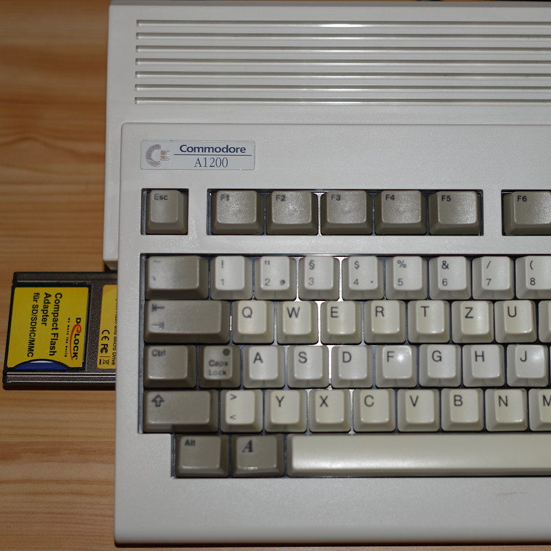 Amiga 1200 with PCMCIA CompactFlash Adapter