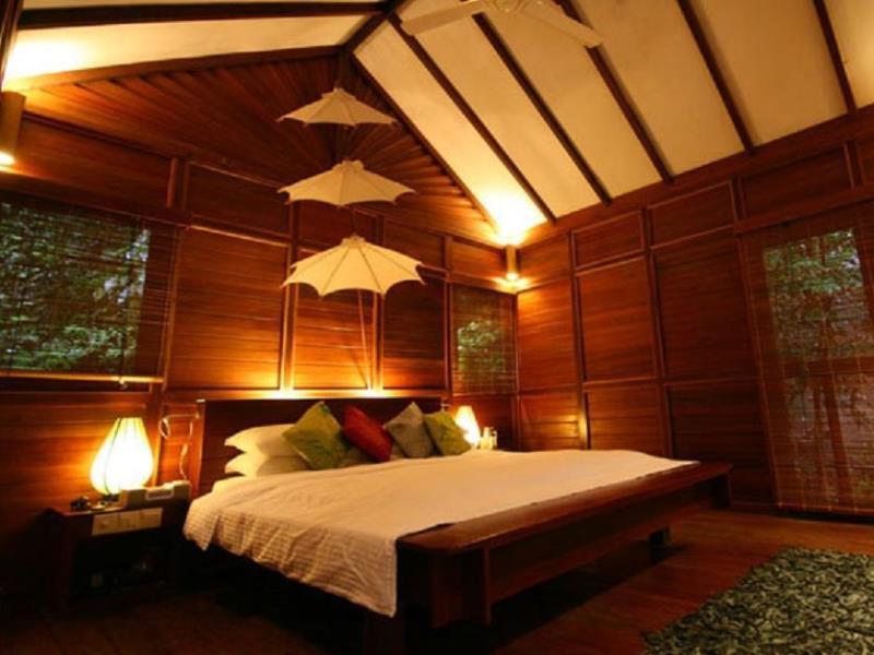 japalamala resort tree house room