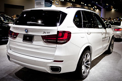 automobile, automotive exterior, sport utility vehicle, wheel, vehicle, automotive design, bmw x3, bmw x5, crossover suv, bmw x5 (e53), bumper, land vehicle,