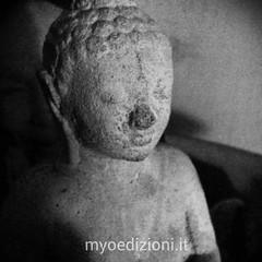 #Buddha #statue #peace #mindfulness #meditation  #monday #black #white #blackandwhite #fontstudio