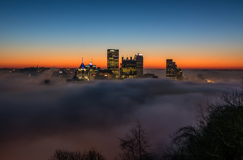 longexposure morning fog skyline sunrise nikon pittsburgh cityscape usxtower mtwashington pa pittsburghpa westernpa alleghenycounty rollingfog d7100