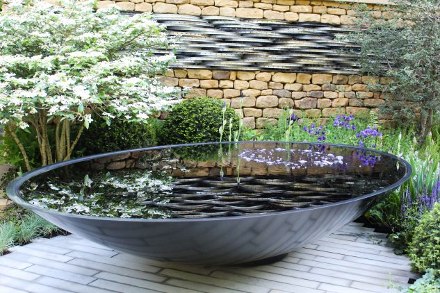 12 Magic Garden Water Features That You Must See