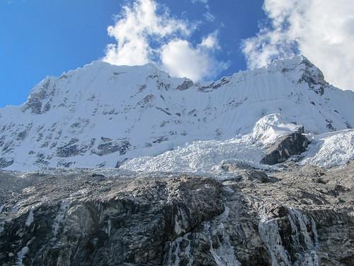 Parque Nacional Huascarán: le Chacraraju (6112m)