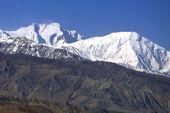 Nepal, Mustang-Trekking in den Damodar Himal und zum Saribung Peak, 6346 m. Annapurna 1, 8091 m, und Tilicho Peak, 7135 m, von Mustang. Foto: Archiv Härter.
