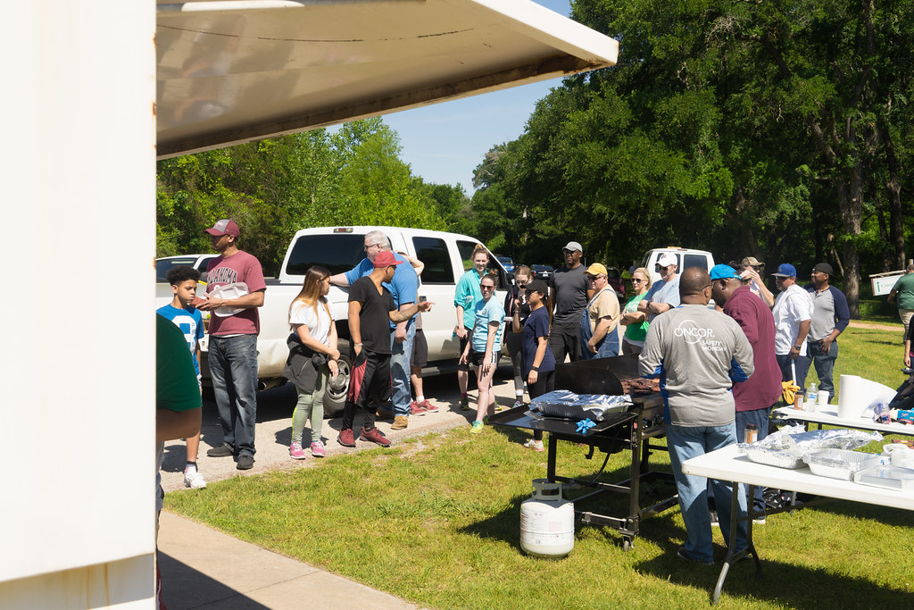 Earth-Day-2016-Oncor-02750