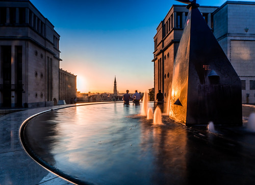 sunset brussels fountain belgium be montdesarts