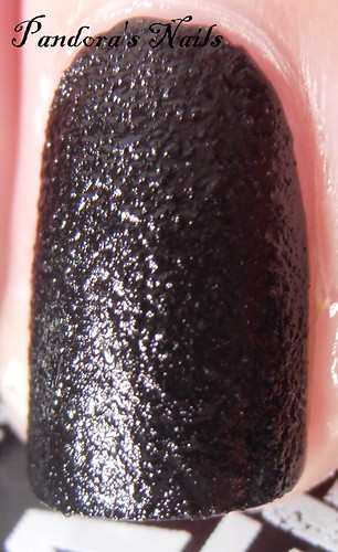 nails inc noho leather 4