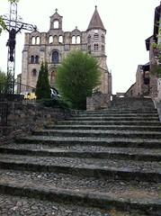 Prieuré de Saint-Julien-Chapteuil
