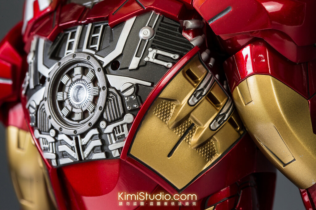 2013.06.11 Hot Toys Iron Man Mark VII-045