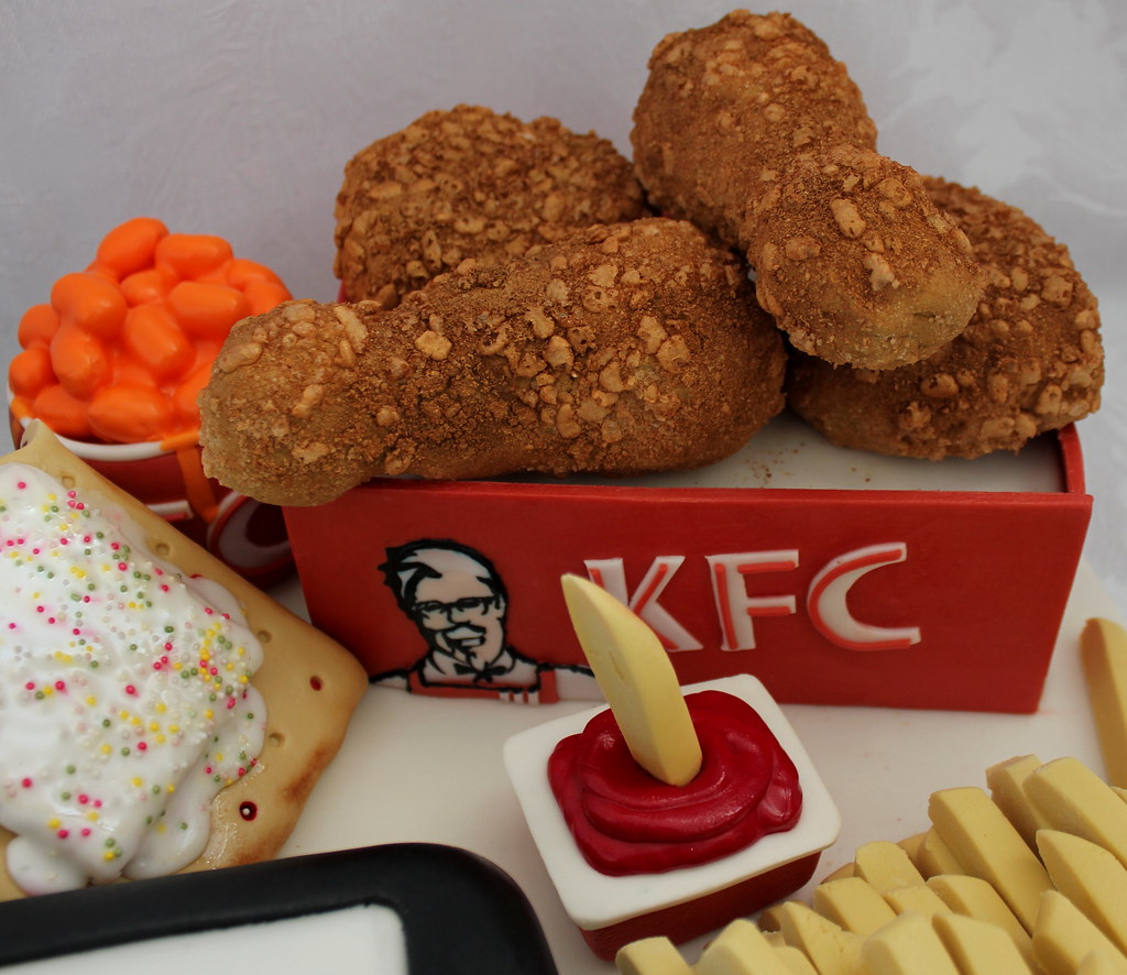 A Birthday Cake For A Teenager Who Likes Social Networkingkfc And