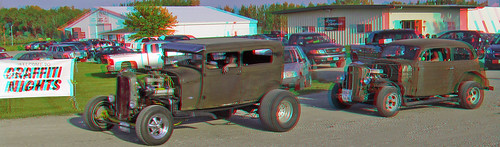 cars stereoscopic stereophoto anaglyph iowa anaglyphs onawa redcyan 3dimages 3dphoto 3dphotos 3dpictures stereopicture graffitinights061513