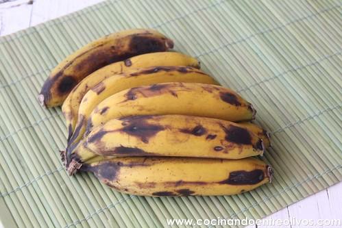 Flan de plátanos www.cocinandoentreolivos (1)