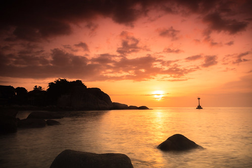 longexposure sunset beach water day kohtao coucherdesoleil pwpartlycloudy