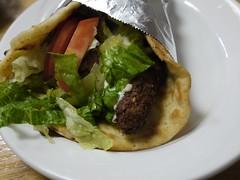 金, 2013-09-13 18:52 - Falafel on Pita