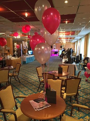 Tafeldecoratie 5ballonnen Carlton Oasis Hotel Spijkenisse