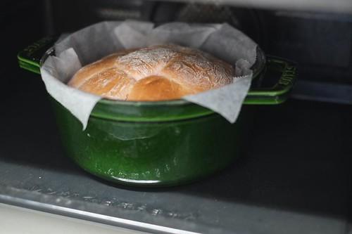 ストウブでパン