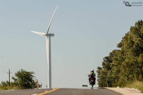 travel parque ecology windmill landscape uruguay countryside wind farm country paisaje viento molino viajes campo colonia windfarm molinos granja aeolian ecologia campiña eolic eolian parqueeolico eolico energyefficient tarariras juanlacaze nikonflickraward
