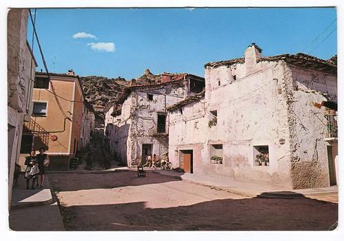 Boniches (Cuenca); Vista del Castillo=Vue du Château=View of the Castle