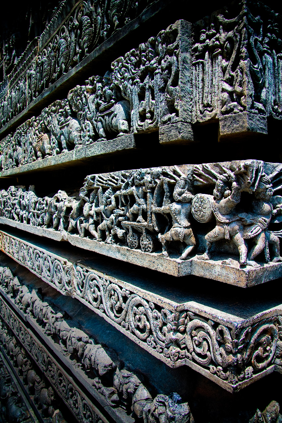 Hoysaleswara-Temple-in-Belur,-Karnataka-South-India