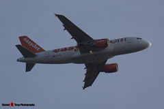 G-EZFM - 4069 - Easyjet - Airbus A319-111 - Luton M1 J10, Bedfordshire - 2014 - Steven Gray - Steven Gray_283