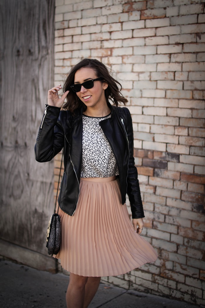 a viza style. andrea viza. fashion blogger. dc blogger. pleated jcrew skirt. faux leather jacket. rebecca minkoff heels. casual style. dc style. 15