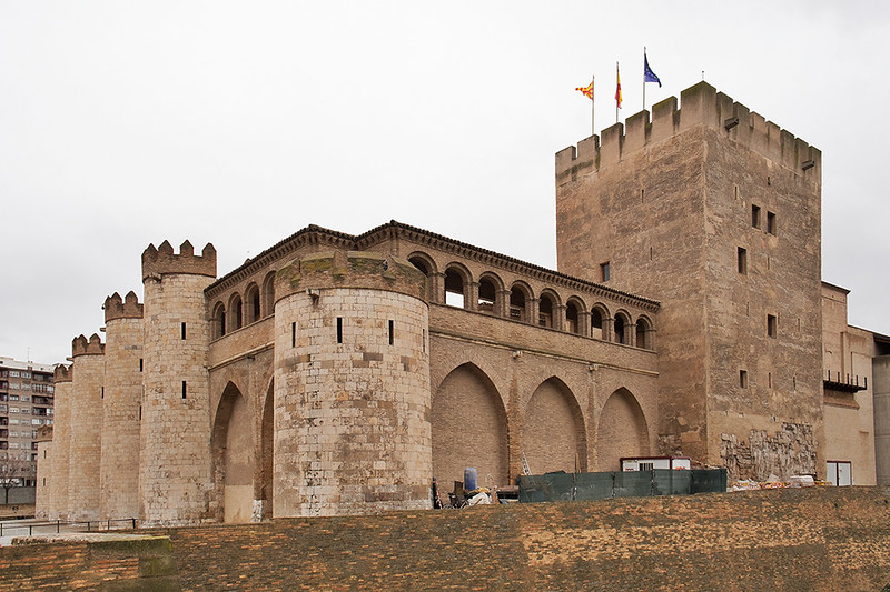 La Aljafería y la torre del Trovador