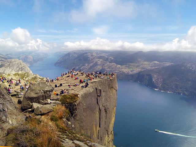 Preikestolen, el púlpito de los fiordos de Noruega