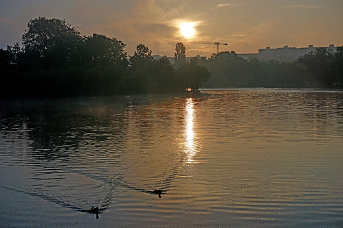 park morning lake colors sunrise romania titan bucharest bucuresti ior sector3