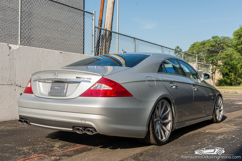 2008 CLS 63 AMG finished photo outside 1