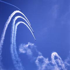 Aerobatics of biplanes