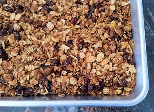 Homemade Cinnamon Cranberry Granola Corner