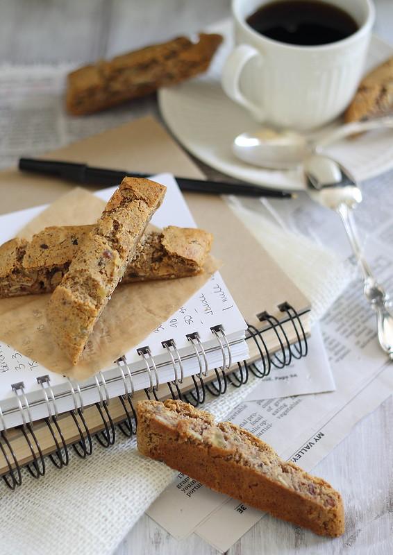 paleo almond ginger biscotti