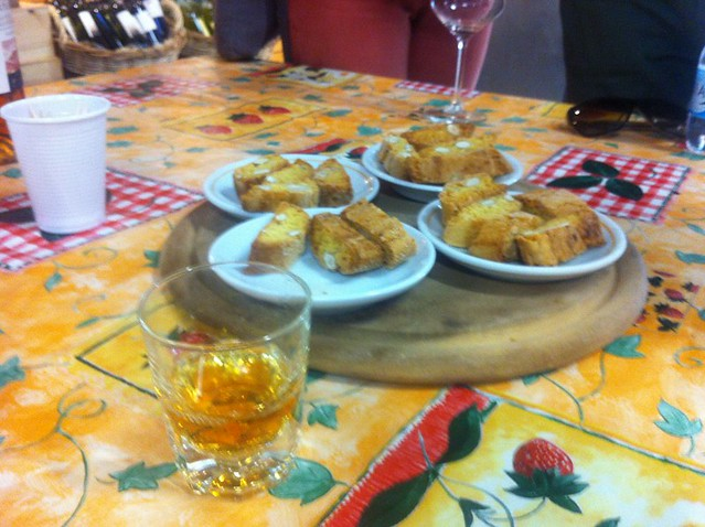 vin santo with cantuccini