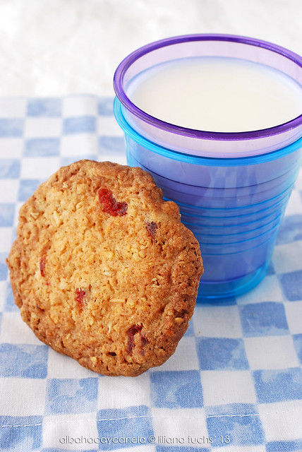 Oatmeal cherry cookies with almonds